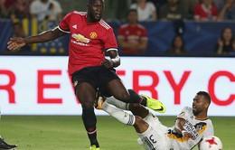 Giỏi ghi bàn, Lukaku sắm vai HLV bất đắc dĩ tại Man Utd