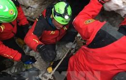 Động đất kinh hoàng ở Italy: Giải cứu thêm 4 người còn sống