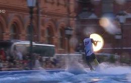 Độc đáo cuộc thi lướt ván trên mặt nước tại Nga