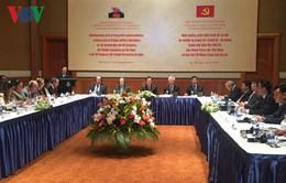 Đảng Cộng sản Việt Nam và Đảng Cộng sản Cuba trao đổi hoạt động lý luận