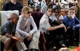 Madonna tiếp tục nhận con nuôi từ Malawi