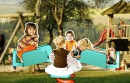 Sân chơi thiết kế đặc biệt cho trẻ khuyết tật