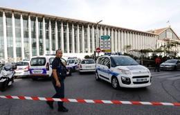 Đối tượng tấn công bằng dao ở Pháp có 7 tiền sự