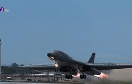 Máy bay ném bom Mỹ diễn tập gần bán đảo Triều Tiên
