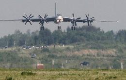 Nga điều máy bay ném bom đến bán đảo Triều Tiên