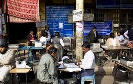 Tương lai vô định của những người thợ đánh máy chữ Ấn Độ