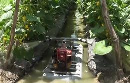 Lão nông Tiền Giang sáng chế máy tưới nước đa năng