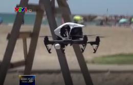 Máy bay không người lái cứu hộ trên biển tại Tây Ban Nha