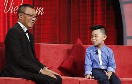 """Mặt trời bé con: Cậu bé biết tuốt khiến nhà báo Lại Văn Sâm phải gọi bằng """"thầy"""""""