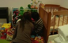 Cuộc sống chật vật của những bà mẹ đơn thân Nhật Bản