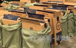 Quảng Ninh: Phát hiện xe tải chở 35.000 bao thuốc lá nghi nhập lậu