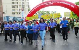 Hàng ngàn người tham gia Ngày chạy Olympic vì sức khỏe toàn dân