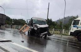 Lâm Đồng: 2 ô tô đấu đầu, 9 người bị thương
