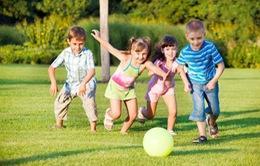 Nguyên tắc chăm sóc trẻ trong ngày hè