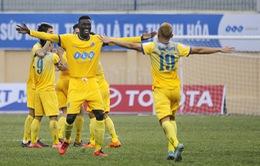 Vòng 14 giải VĐQG V.League 2017: FLC Thanh Hóa 3-2 SHB Đà Nẵng, CLB Hà Nội 2-0 CLB Hải Phòng, HAGL 2-1 B.BD, SLNA 1-1 Than QN...