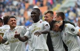 Ghi bàn ở phút bù giờ thứ 7, Milan buộc Inter chia điểm trong trận derby