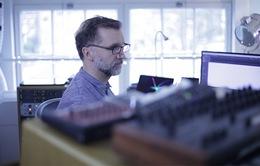 Michael Price: Ngành công nghiệp âm nhạc và điện ảnh Việt Nam còn non trẻ nhưng rất tiềm năng