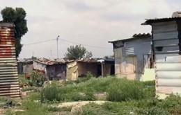 Chất thải từ khai thác mỏ đe dọa cuộc sống người dân Nam Phi