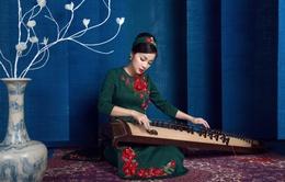 Minh Hương đẹp nền nã trong trang phục áo dài cách tân