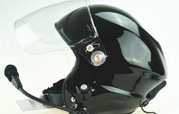 Thái Lan phát mũ bảo hiểm miễn phí cho lái xe ôm