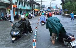 Mưa lớn kéo dài gây ngập lụt tại Khánh Hòa