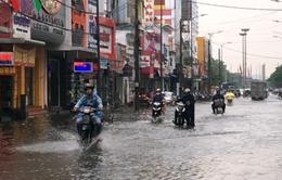 Mưa lớn gây ngập cục bộ tại một số tuyến đường TP Huế