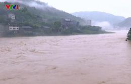 Mưa lớn gây lụt lội nghiêm trọng ở Trung Quốc