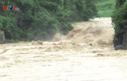 Mưa lũ gây sạt lở núi nghiêm trọng ở Lai Châu