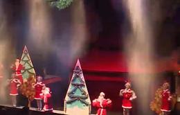 Rối nước kết hợp với rối cạn cùng đón Giáng sinh