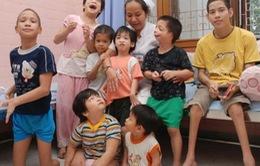 Đoàn Phật giáo Ấn Độ thăm và tặng quà nạn nhân chất độc da cam