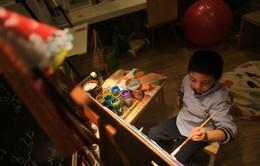 Cậu bé tự kỷ với niềm đam mê hội họa