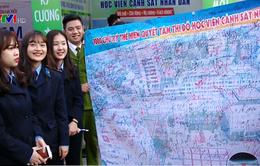 Hàng nghìn thí sinh tham dự Ngày hội tư vấn tuyển sinh hướng nghiệp 2017