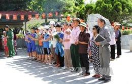 Ngã Ba Đồng Lộc đón 1.000 lượt khách mỗi ngày