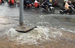Vì sao đường TP.HCM ngập sâu sau mưa?