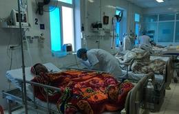 Số người chết do ngộ độc rượu tại Phong Thổ tăng lên 9