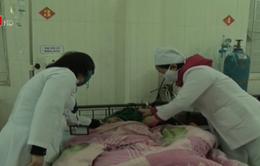 Hơn 90 người nhập viện sau khi ăn cỗ cưới ở Hà Giang