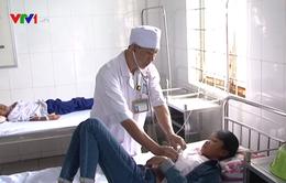 Kon Tum: 86 học sinh nhập viện nghi do ngộ độc thực phẩm