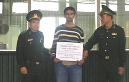 Bắt người nước ngoài trộm 1,7 tỷ đồng trên phố cổ Hà Nội