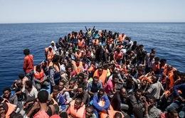 Hơn 400 người di cư được cứu ở ngoài khơi Libya