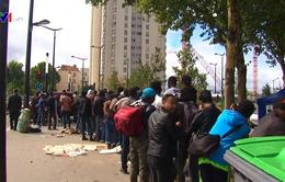 Pháp lập trung tâm xử lý đơn xin tị nạn ở Lybia