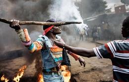 Kenya hoãn bỏ phiếu bầu lại tổng thống tại 4 tỉnh do bạo lực
