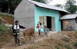 Thu hẹp bất bình đẳng, cơ hội cho người nghèo