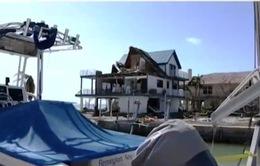 Cộng đồng người Việt tại Florida hỗ trợ nhau khắc phục hậu quả bão Irma