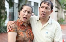 """Những người nhiều chuyện: Quang Thắng - Thu Huyền là """"trung tâm vũ trụ"""" của xóm buôn chuyện"""