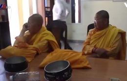 """Đà Nẵng: Đóng giả ni sư, hai phụ nữ """"xin"""" được gần 4 triệu đồng"""