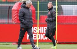 """Man Utd sẽ dùng Wayne Rooney để """"phá"""" Chelsea"""