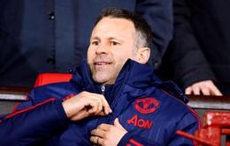 Giggs sẵn sàng tái xuất Ngoại hạng Anh trên băng ghế huấn luyện
