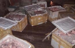 Nam Định: Bắt giữ hơn 1 tấn mỡ động vật không rõ nguồn gốc