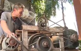 """Những anh """"Hai lúa"""" đam mê sáng chế nông cụ"""