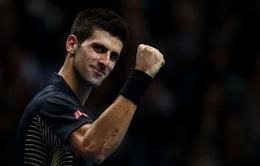 Roger Federer chú ý, Novak Djokovic sắp trở lại